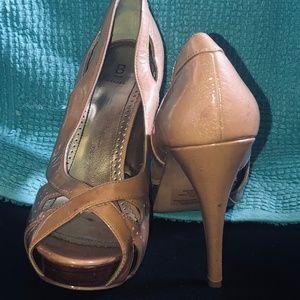 Bakers Krysta nude patent heels
